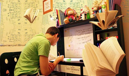 勉強に集中できない!集中力を高める環境の作り方と集中できない時の対処法